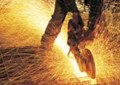 Режем металлолом - процесс резки